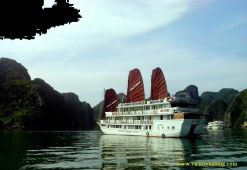 Victory Cruise Halong