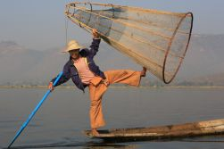 Mandalay – Heho – Inle Lake