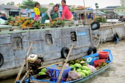 Can Tho - Cai Rang floating market - Chau Doc