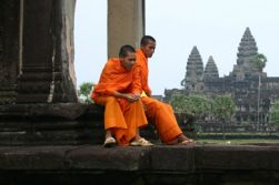 Phnom Penh - Fly to Siem Reap